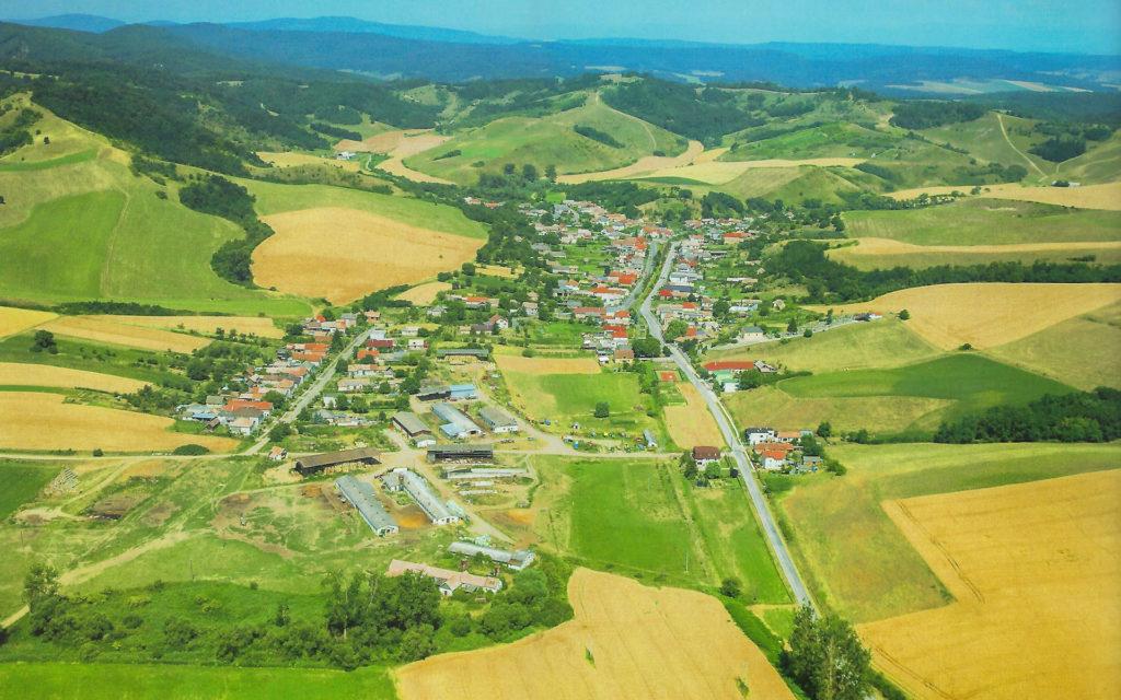 obec Gemerské Dechtáre z vtáčej perspektívy